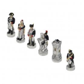 Schachfiguren Schlacht von Waterloo 1815 aus Alabaster und Kunstharz handbemalt